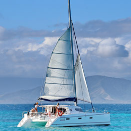 Trip in catamaran on the lagoon, New Caledonia