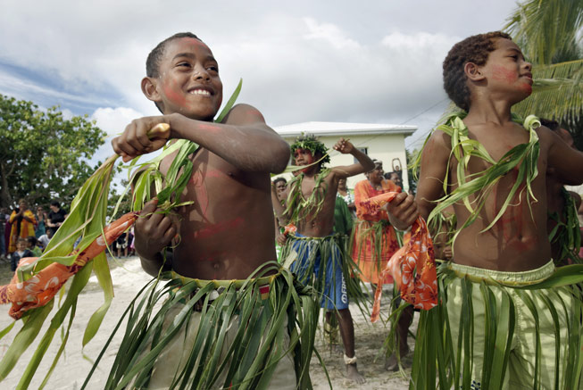 Traditional dance and children in New Caledonia