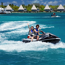 Escapade jet ski in New Caledonia