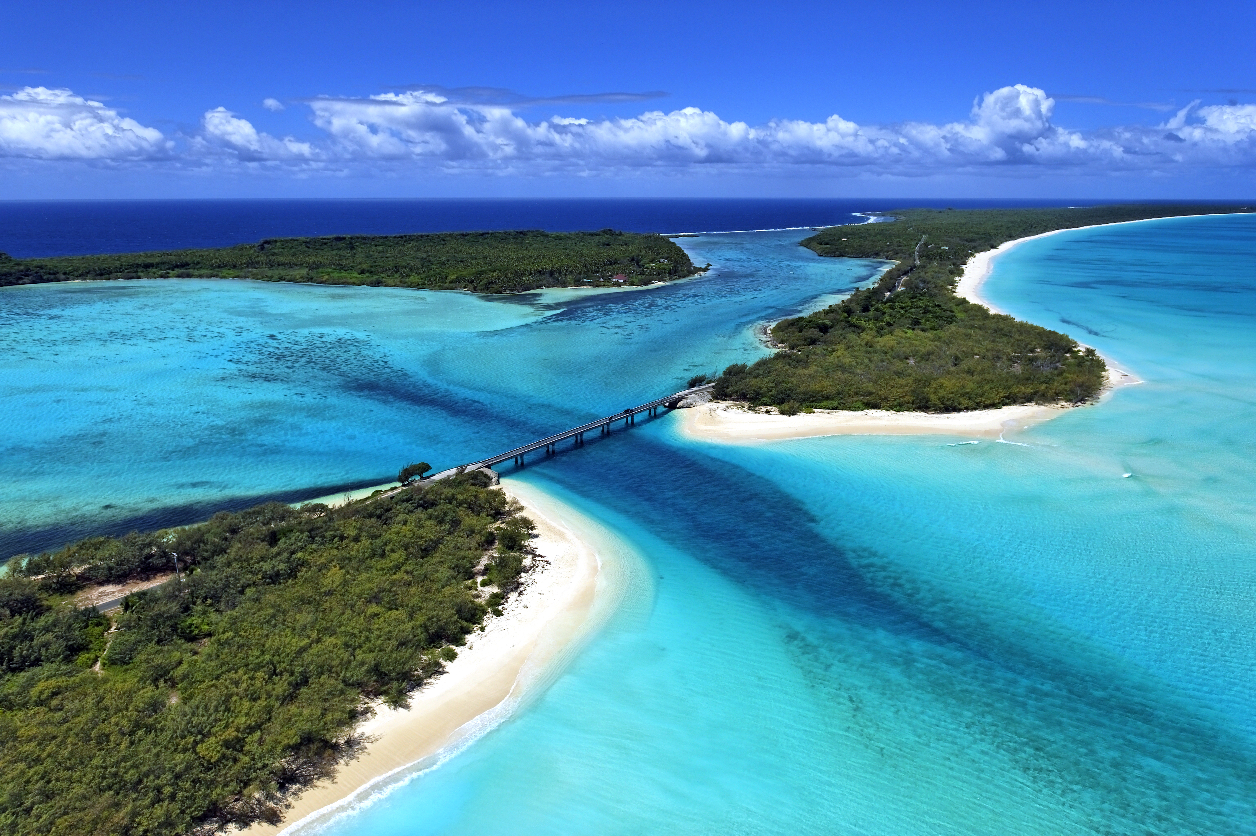 New caledonia tourism the islands of wonder for The caledonia