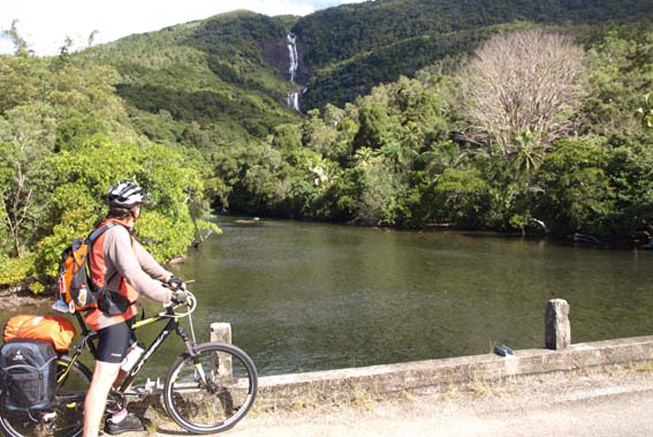 New Caledonia cycling tours in Hienghene