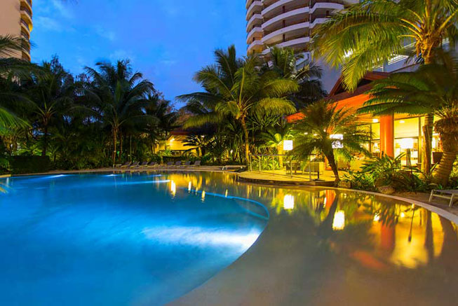 Pool Ramada Hotel and Suites Noumea