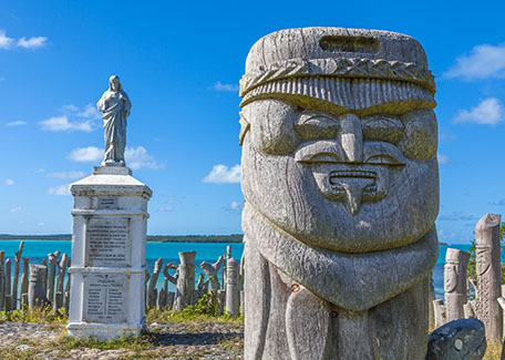 Kanak sculptures at St Maurice Bay, Isle of Pines