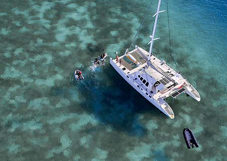 Cruise on the lagoon in New Caledonia